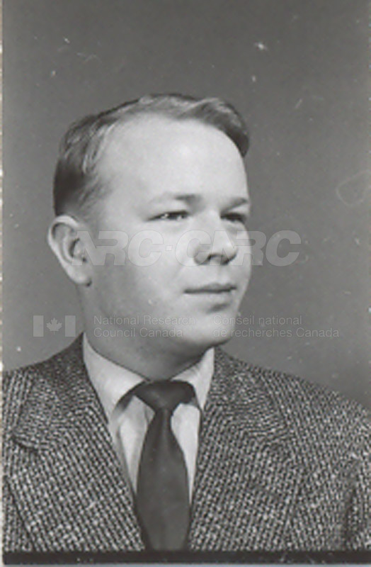 Photographs of Postdoctorate Issue 1957 068