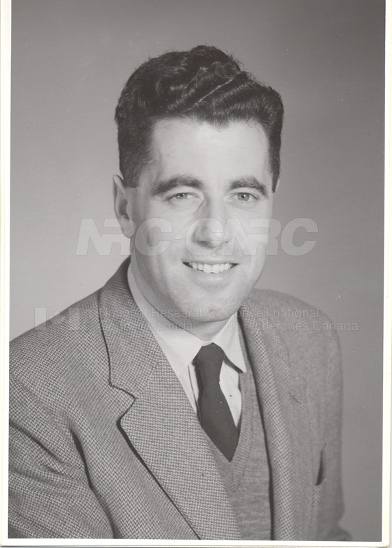 Photographs of Postdoctorate Issue 1957 084
