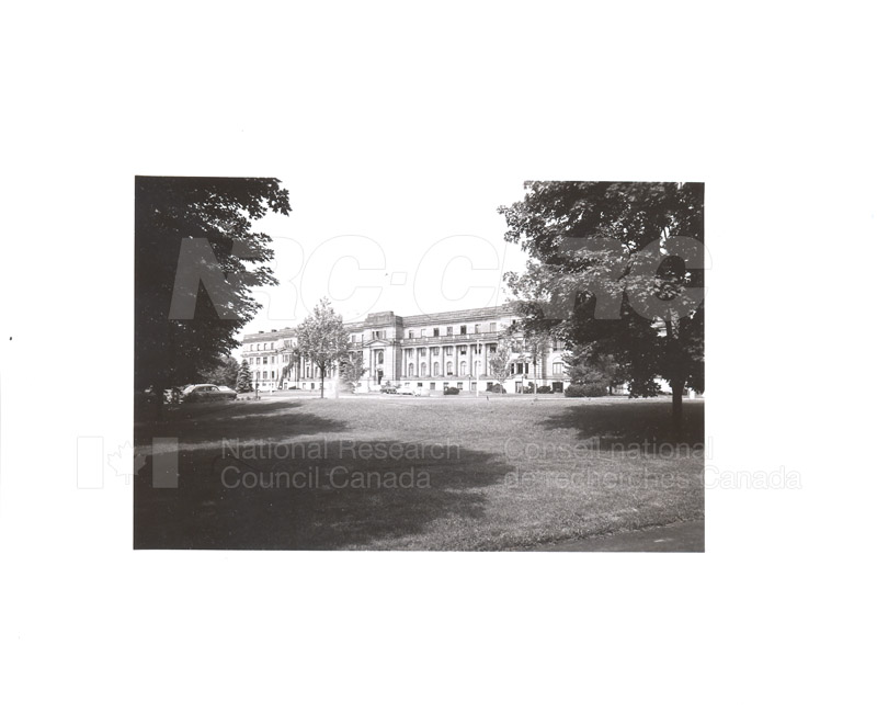 100 Sussex Drive National Research Council Laboratories c.1945 002