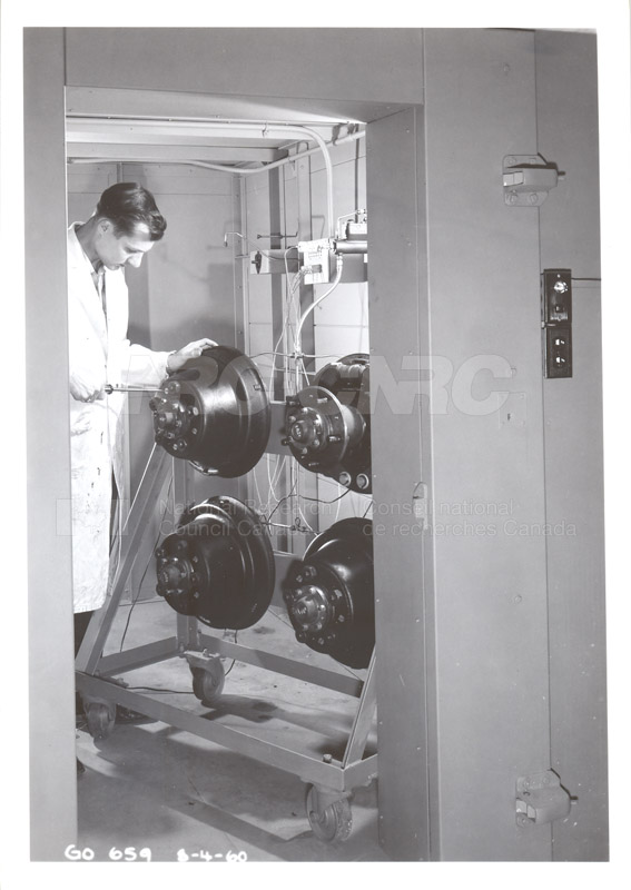 Fuel and Lubricant Lab Apparatus and Testing Procedures 1960 002