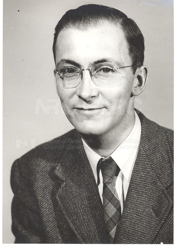 Photographs of Postdoctorate Issue 1957 122