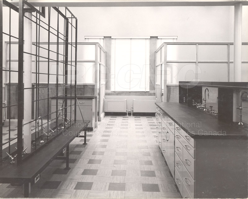Lab Room 3143- Sussex Bldg. Completely Refitted 1954 004