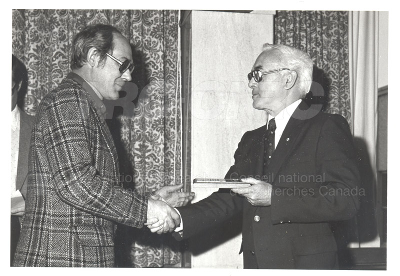 25 Year Service Plaques Presentations 1981 041