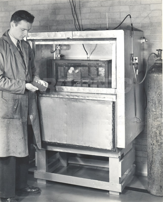 High Humidity Test Cabinet for Performance Tests of Rust-preventative Paints