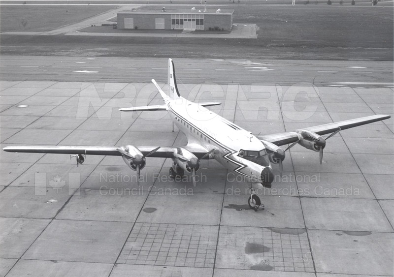 NAE Aeromagnetic Research Aircraft 1968