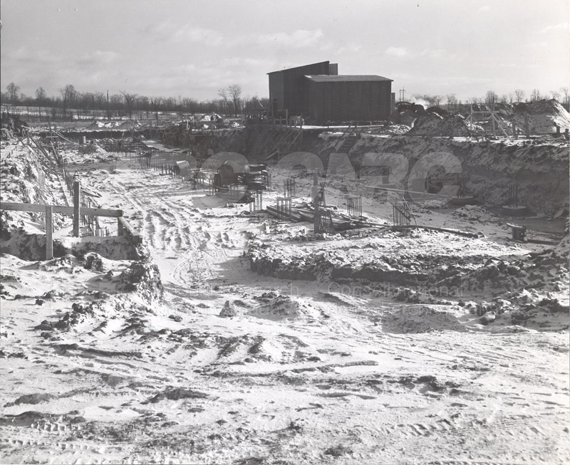 Construction of M-50 Dec. 6 1951 #2990 005