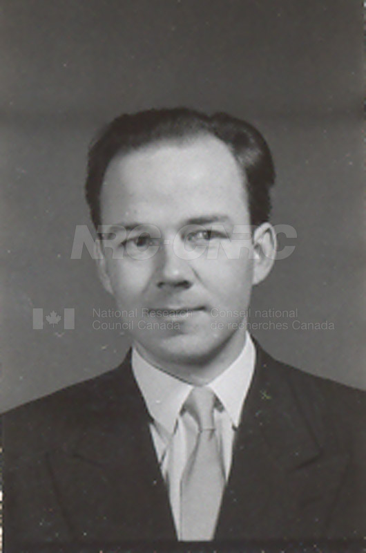 Photographs of Postdoctorate Issue 1957 066