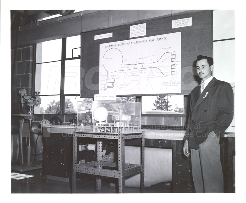 NRC Open House- Montreal Road 1954 008