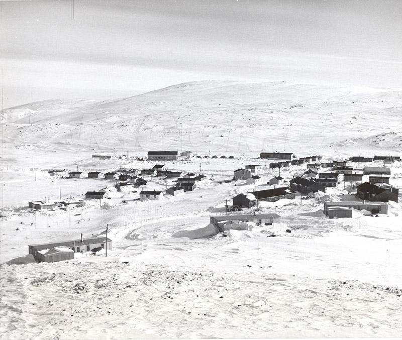 Alert and Resolute Bay Meteorology 1953-1954, 1957 008