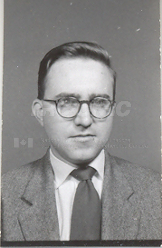 Photographs of Postdoctorate Issue 1957 043