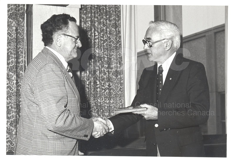 25 Year Service Plaques Presentations 1981 045