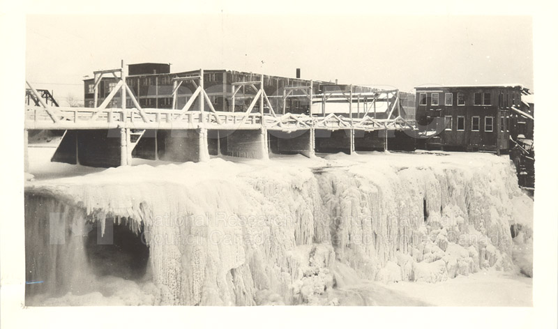 John St. Labs-Power House- Rideau Falls 'Frozen Curtains' c.1930