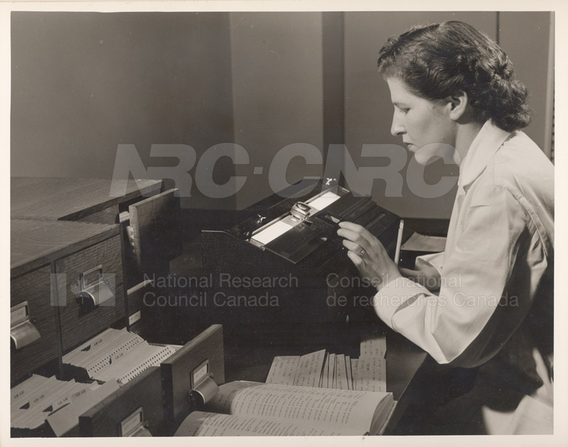 Mary Taylor- X-Ray Diffraction Unit 1953 001