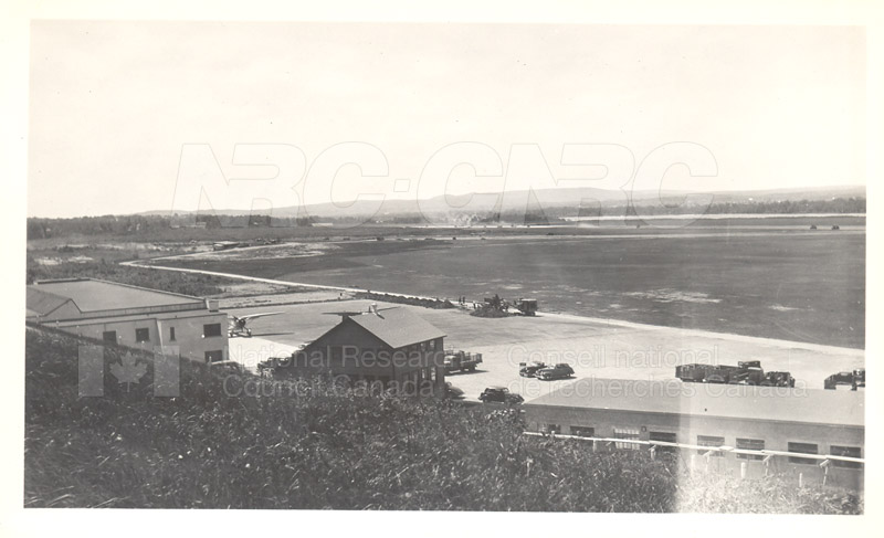 Construction-Rockcliffe Airport 1940's 002