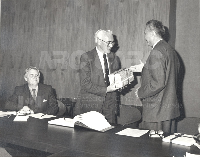 Visit to Canada of a Delegation from the Chinese Academy of Sciences April 28-May 11 1983 008