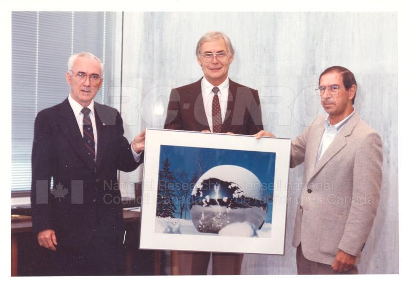 40 Year Service Award C.F. Rollin, C.A.M. Smith 1989 001