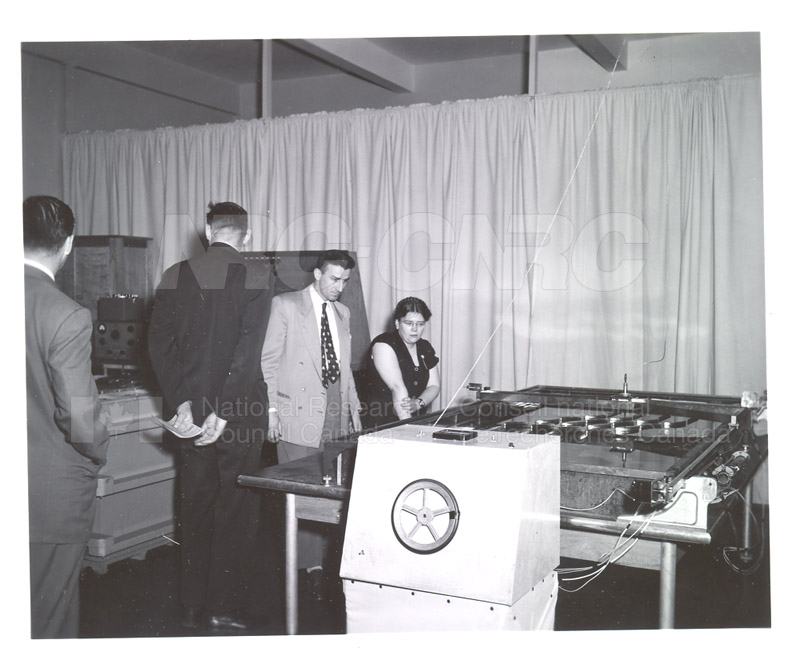 NRC Open House- Montreal Road 1954 009