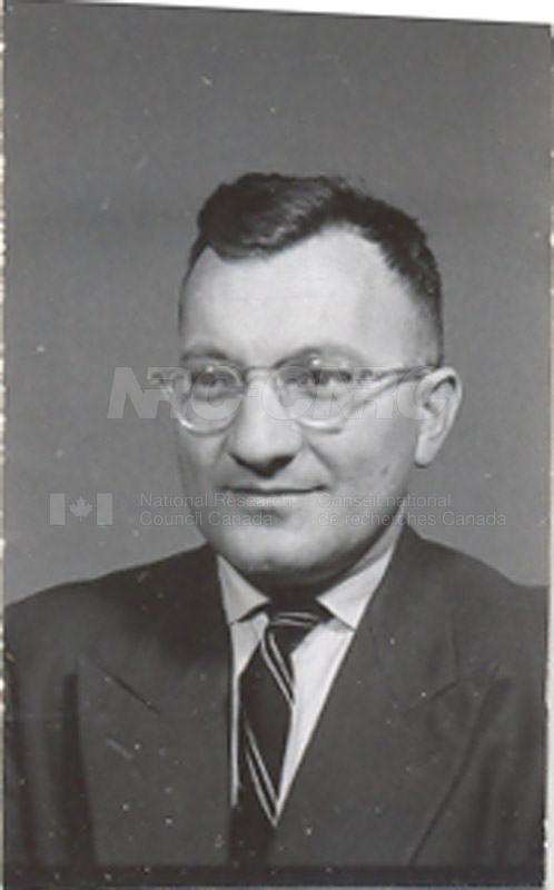 Photographs of Postdoctorate Issue 1957 011