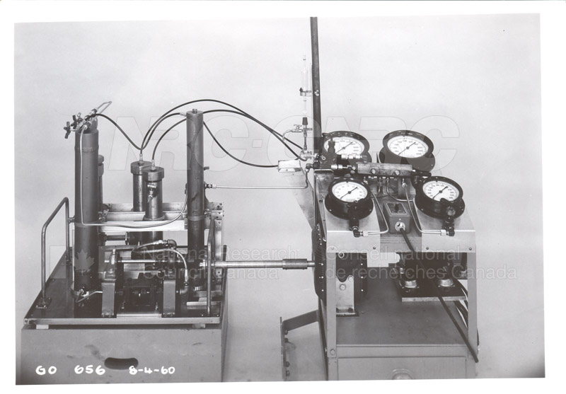 Fuel and Lubricant Lab Apparatus and Testing Procedures 1960 037