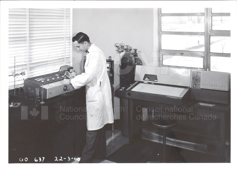 Fuel and Lubricant Lab Apparatus and Testing Procedures 1960 039