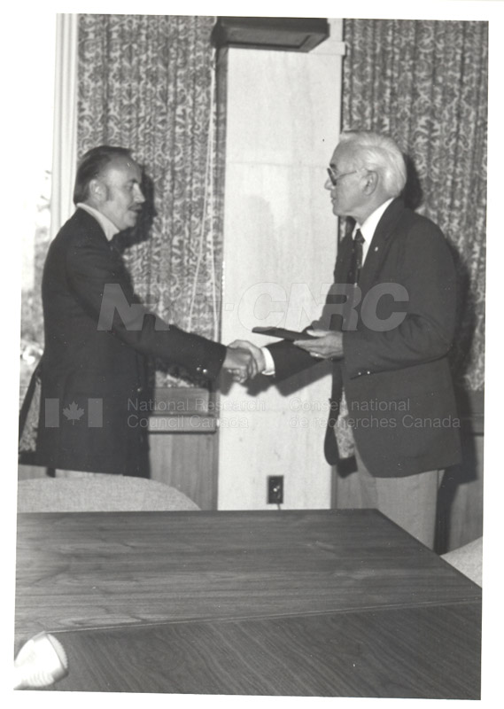 25 Year Service Plaques Presentations 1981 067