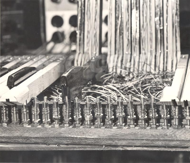 Touch Sensitive Organ 1954 005