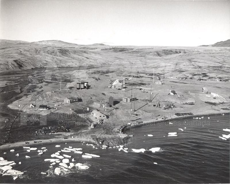 Alert and Resolute Bay Meteorology 1953-1954, 1957 019