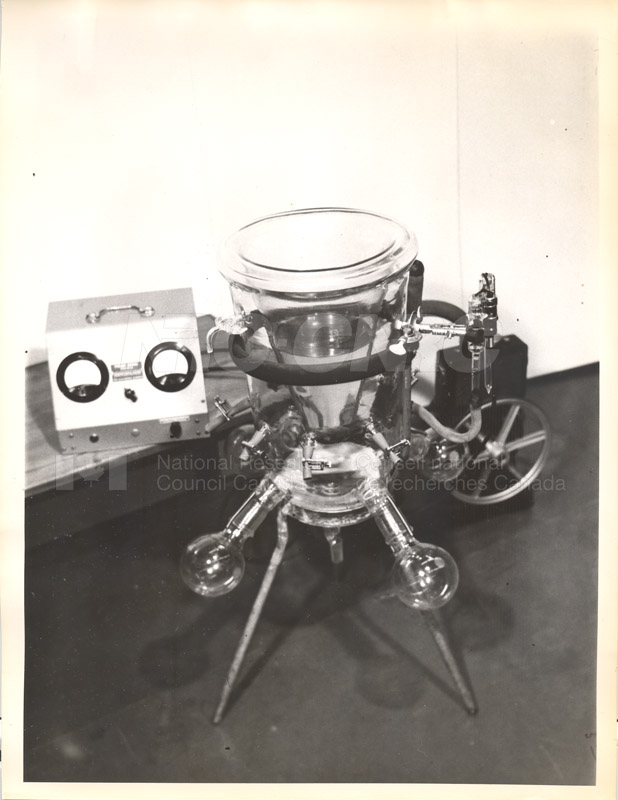 Freeze-drying Apparatus c.1950