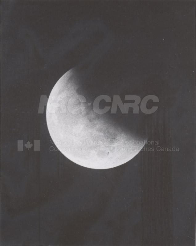 Moon 019