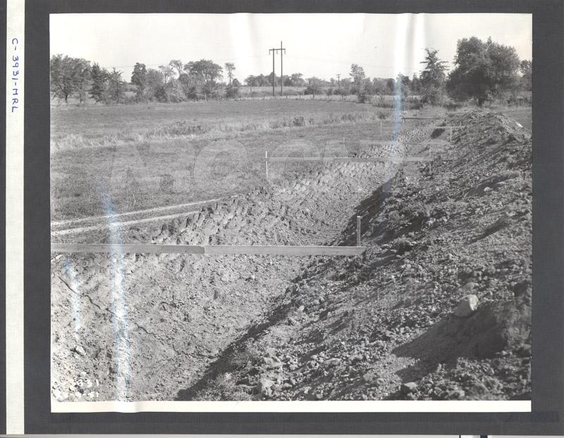 Construction of M-50 Sept. 20 1951 Photos C-3931 001