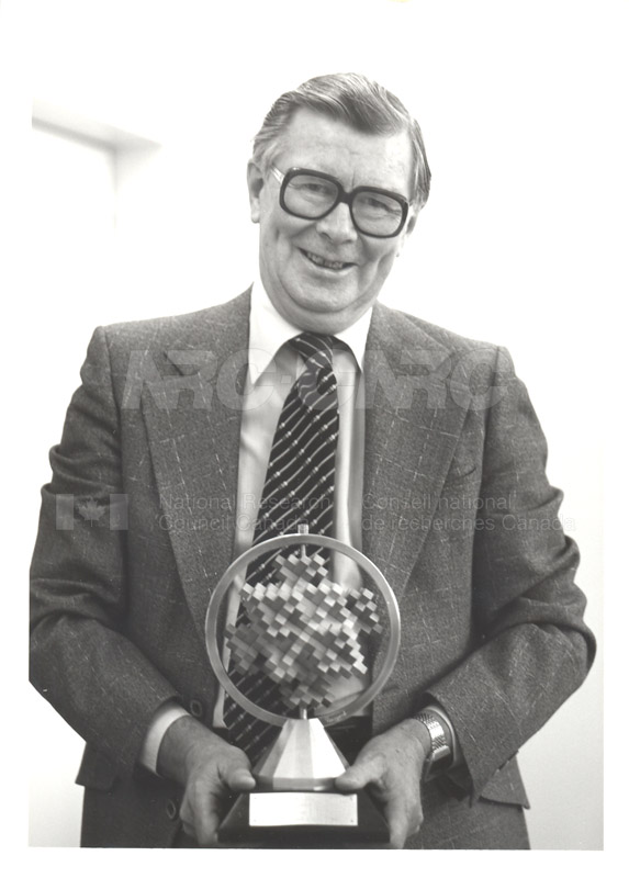 Dr. Andrew F. Dunn (Physics)- William A. Wildhack Award Presented by the National Conference of Standards Laboratories 1984 003