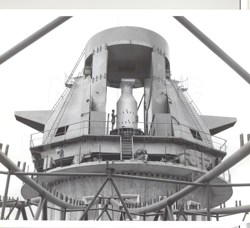 Radio Telescope at Parkes N.S.W. 1960 Commomwealth Scientific and Industrial Research Organization 1960 001
