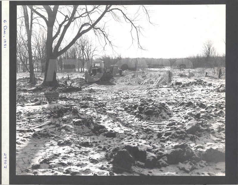 Construction of M-50 Dec. 6 1951 #2990 010