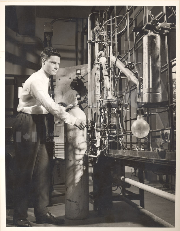 N.Meyers- Chlorination of Silicon Carbide 1953