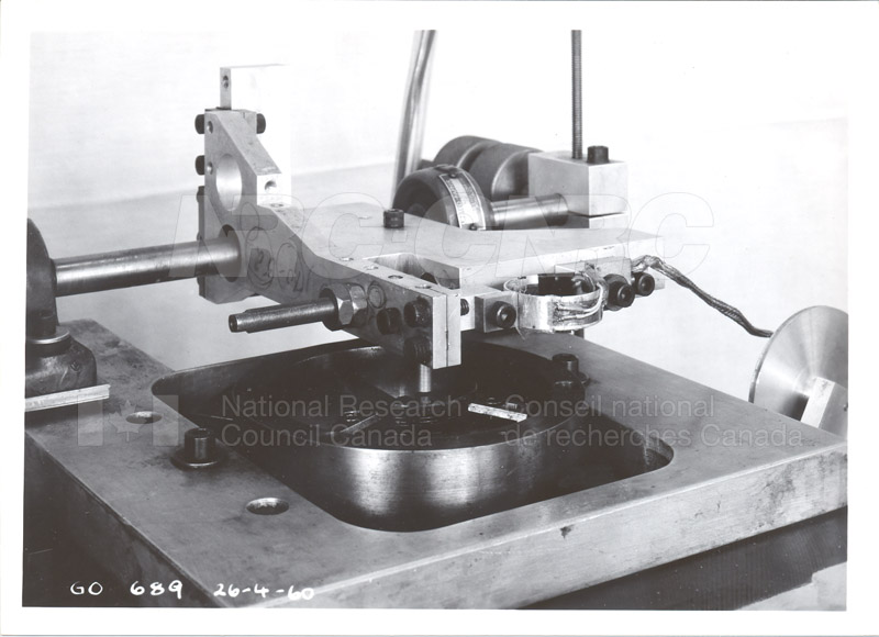 Fuel and Lubricant Lab Apparatus and Testing Procedures 1960 028