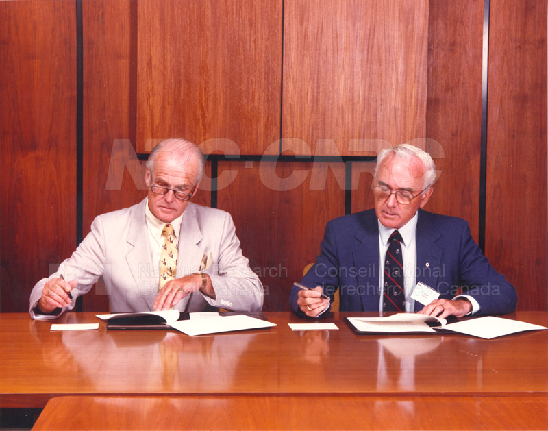 Signing of Understanding Between NRC & Standards Council of Canada (John Woods & Larkin Kerwin) 1988 002