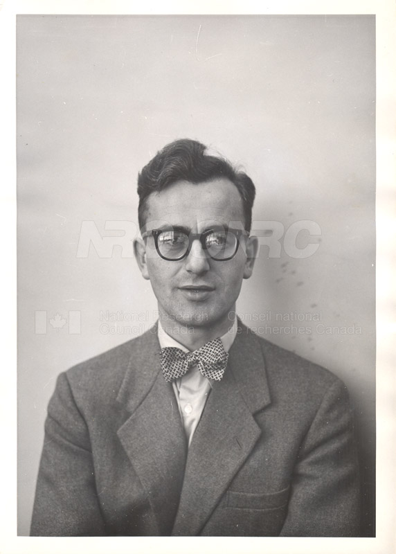 Photographs of Postdoctorate Issue 1957 089