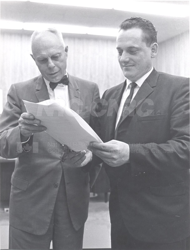 First Collective Agreement with R.C.E.A. 1968 008