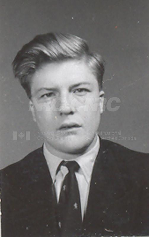 Photographs of Postdoctorate Issue 1957 073