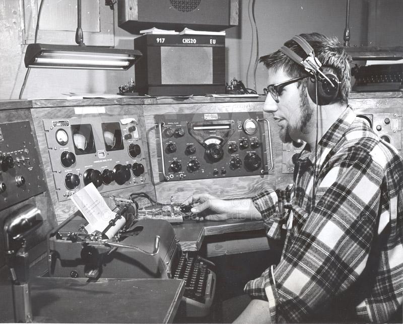 Alert and Resolute Bay Meteorology 1953-1954, 1957 014