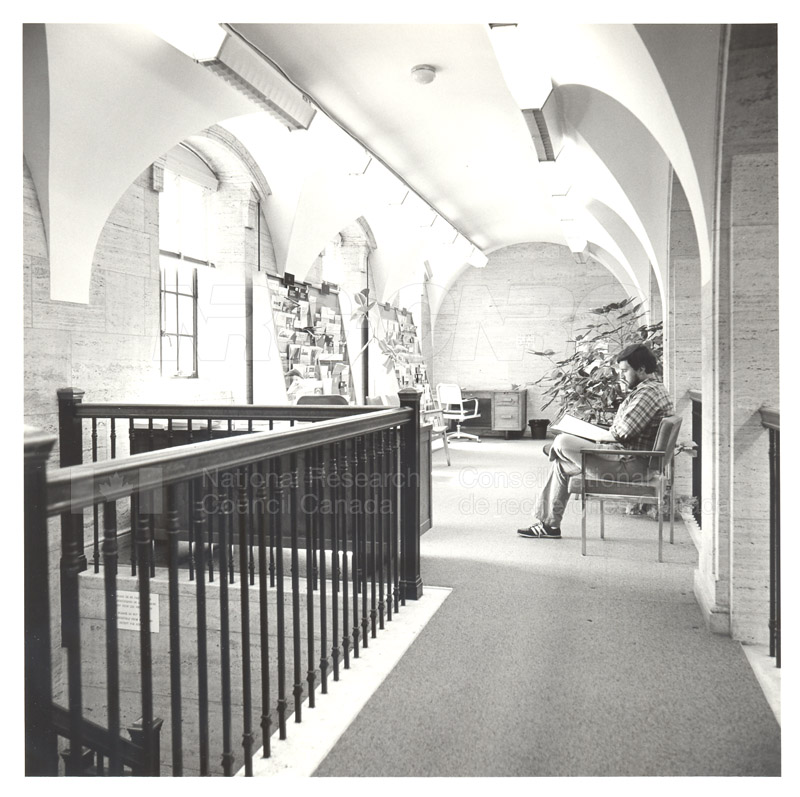 National Science Library 1932 001
