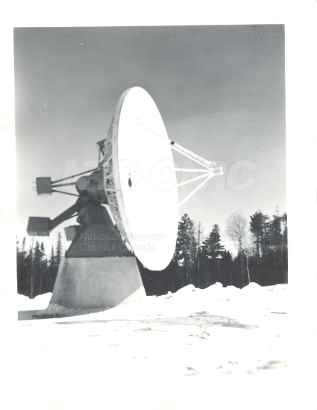 Algonquin Observatory- Assembly of the 33 ft. Radio Telescope c.1964 001