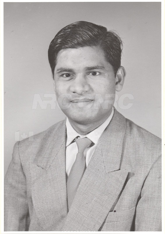 Photographs of Postdoctorate Issue 1957 083