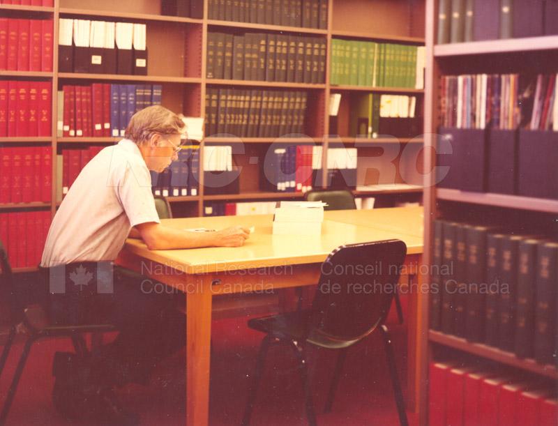 Physics Library 1970s 002