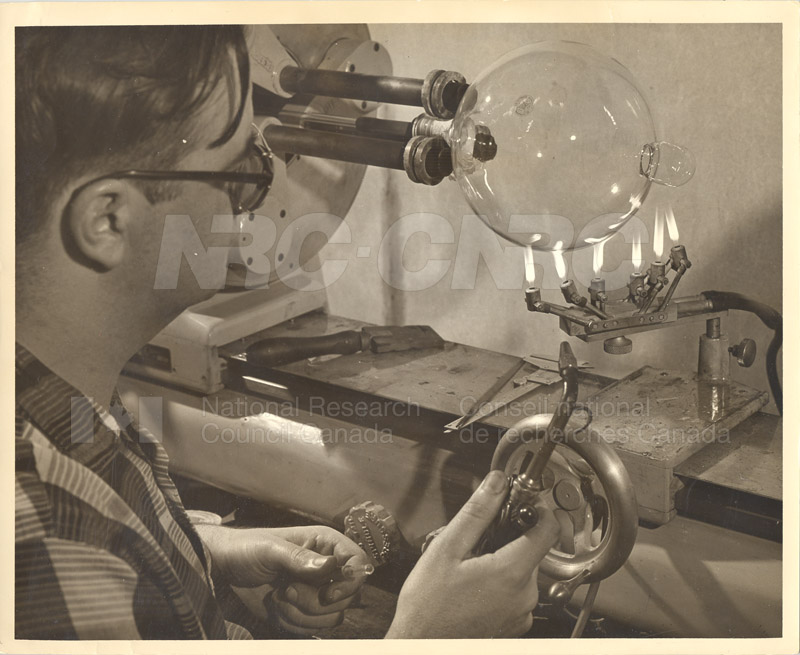 Charlie Collins at the Glass Bowing Lathe c.1959