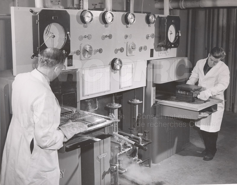 Rubber Lab 001
