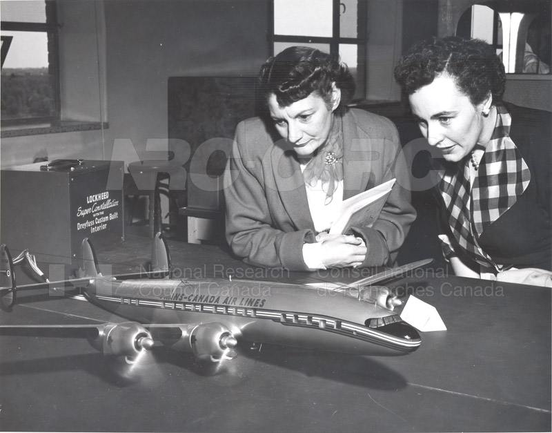 Radio and Electrical Engineering Division- Open House 1954 019