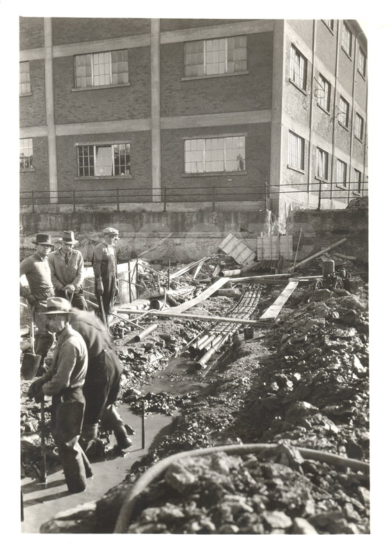Replacing Cable- Sept. 27 1938, Oct. 5 1938 006