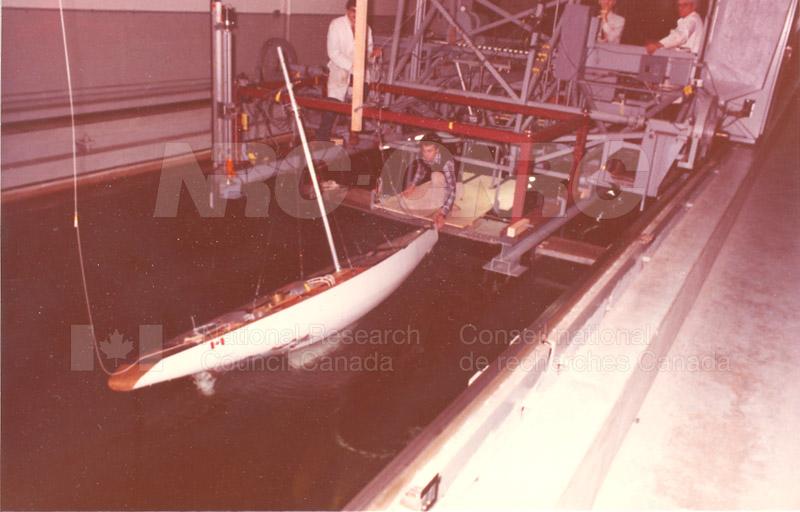 Heelling Yacht Resistance Test Equipment 003