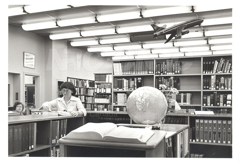 Library- M2 001